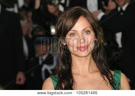 CANNES, FRANCE - MAY 14: Natalie Imbruglia attends the preview of 'Cache' at the Grand Theatre Lumiere on May 14, 2005 in Cannes, France