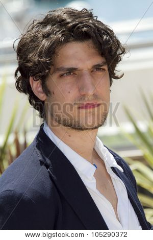 CANNES, FRANCE - MAY 21: Actor Louis Garrel attends the 'Les Bien-Aimes' Photocall at Palais des Festivals during the 64th Annual Cannes Film Festival on May 21, 2011 in Cannes, France