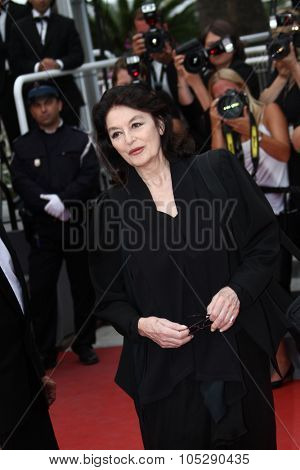 CANNES, FRANCE - MAY 22: Anouk Aimee attends the 'Les Bien-Aimes' premiere at the Palais des Festivals during the 64th Cannes Film Festival on May 22, 2011 in Cannes, France