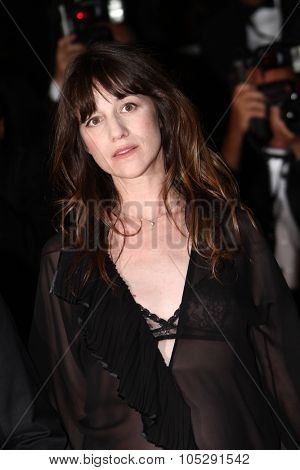 CANNES, FRANCE - MAY 18: Charlotte Gainsbourg  attends the 'Melancholia' premiere during the 64th Annual Cannes Film Festival at Palais des Festivals on May 18, 2011 in Cannes, France.