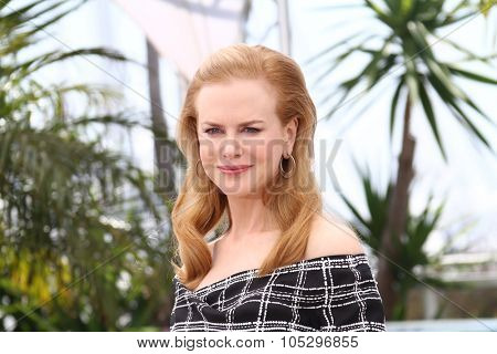 CANNES, FRANCE - MAY 25: Actress Nicole Kidman poses at the 'Hemingway & Gellhorn' photocall during the 65th Annual Cannes Film Festival at Palais des Festivals on May 25, 2012 in Cannes, France.