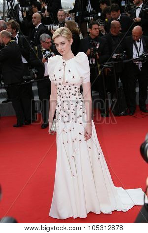 Elizabeth Debicki attends the 'Macbeth' Premiere during the 68th annual Cannes Film Festival on May 23, 2015 in Cannes, France.