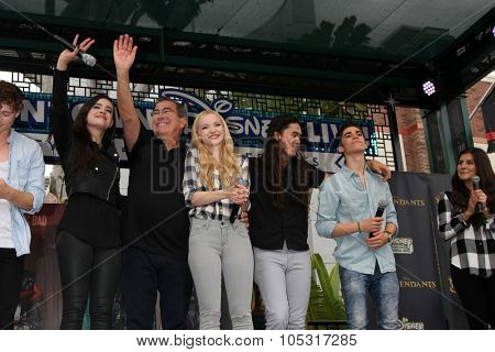 LOS ANGELES - OCT 17:  Sofia Carson, Kenny Ortega, Dove Cameron, Booboo Stewart, Cameron Boyce at the Stars of