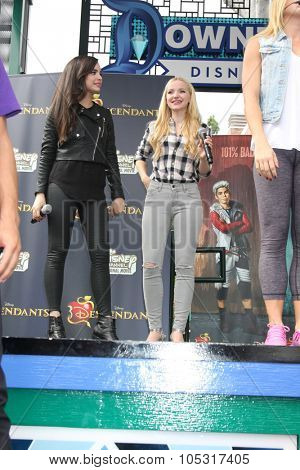 LOS ANGELES - OCT 17:  Sofia Carson, Dove Cameron at the Stars of