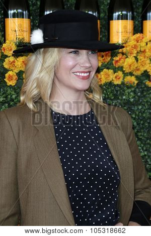 LOS ANGELES - OCT 17:  January Jones at the Sixth-Annual Veuve Clicquot Polo Classic at the Will Rogers State Historic Park on October 17, 2015 in acific Palisades, CA