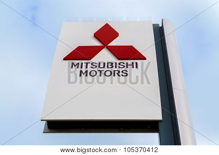 Mitsubishi Motors  Autombile Dealership Sign