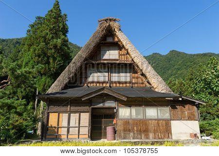 Gassho Zukuri (Gassho-style) House in Gokayama