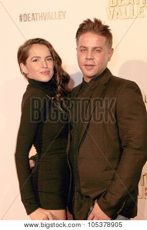 LOS ANGELES- OCT 17: Tamara Duarte and Gerald Pacheco arrives at the