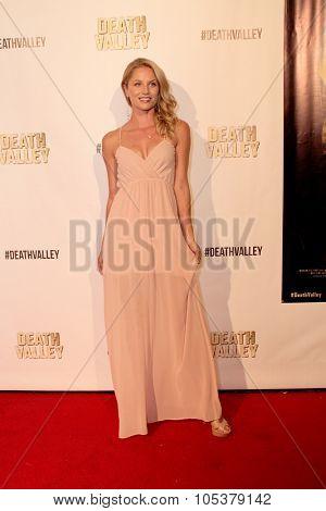 LOS ANGELES- OCT 17: Ellen Hollman arrives at the
