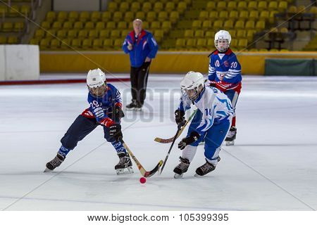 RUSSIA, MOSCOW - APRIL 20, 2015: training match Vympel-Dynamo, children's hockey League bandy, Russi