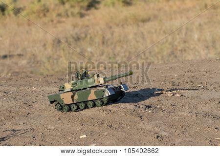 tank races across the desert