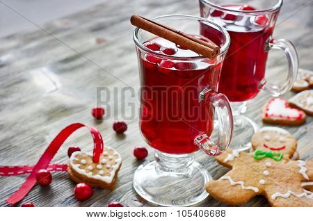 Mulled Wine With Cranberry And Gingerbread Cookies Copy Space