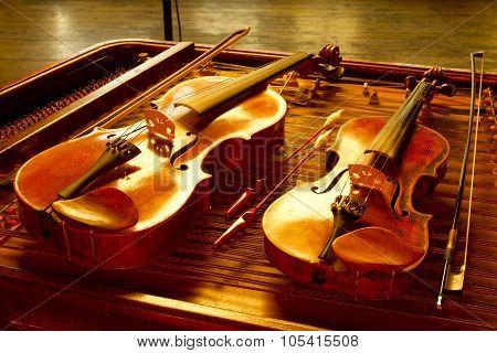violin still life