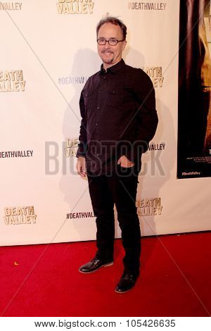 LOS ANGELES- OCT 17: Jeff King arrives at the