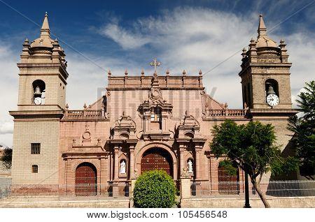 Peru, Plaza De Armas In Ayacucho,