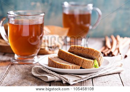 Gingerbread loaf cake with hot tea