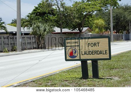Small Fort Lauderdale Welcome Sign