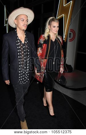 LOS ANGELES - OCT 19:  Evan Ross, Ashlee Simpson at the Guitar Hero Live Launch Party at the YouTube Space LA on October 19, 2015 in Los Angeles, CA