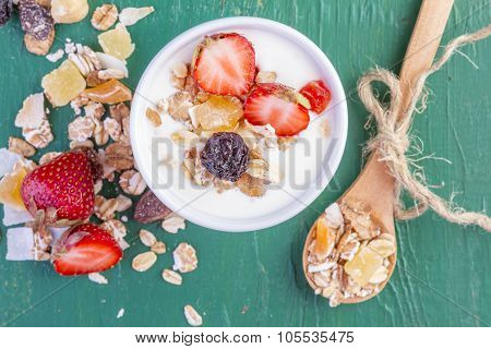 Yogurt with Cereals Muesli