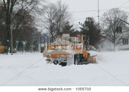 Snow Plow & Salt Truck