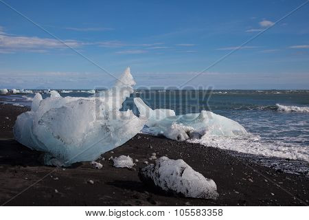 Chunks of glacier ice