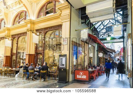 People In Stylish Cafes In Melbourne