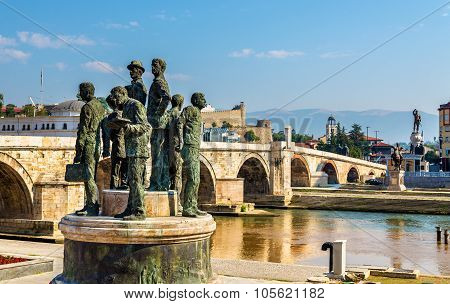 Monument Of The Boatmen Of Salonica In Skopje - Macedonia