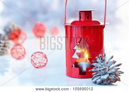 Christmas decoration in red, night-light and pineal.