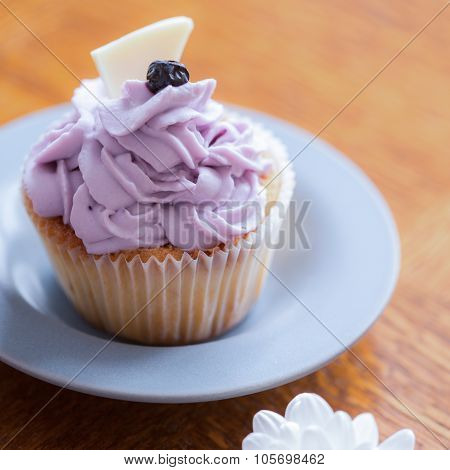 Muffin With Blueberry Cream