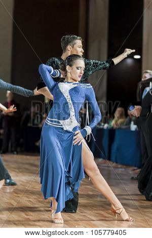 Minsk, Belarus-september 27, 2015: Buldyk Sergey And Raiko Alena Perform Adult Latin -american Progr