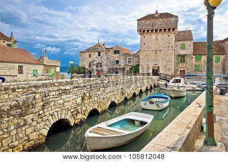 Kastel Gomilica Historic Island Near Split