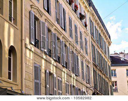 Beautiful Paris Homes