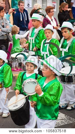 Corralejo - March 17: School-age Samba Drummers Taking Part In Grand Carnival Parade, March 17, 2012