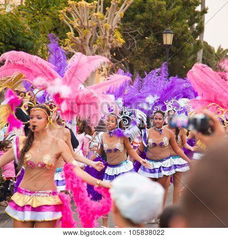 Corralejo - March 17: School-age Samba Dancers Taking Part In Grand Carnival Parade, March 17, 2012