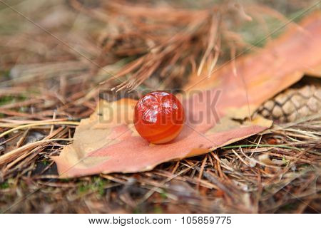Red carnelian spheer