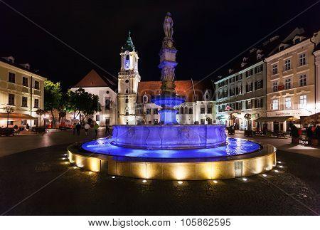 People Near Roland Fountain Bratislava In Night