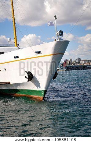 A ferry Istanbul
