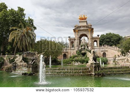 Fountain And Cascade In Park De La Ciutadella In Barcelona, Spai