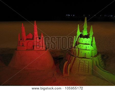 Red and green sand castle