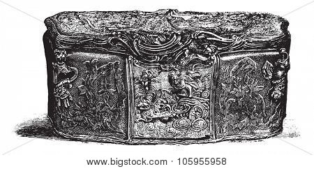 Collection of snuff boxes, to the Louvre Museum, A snuffbox from 1771, exact size, vintage engraved illustration. Magasin Pittoresque 1877.
