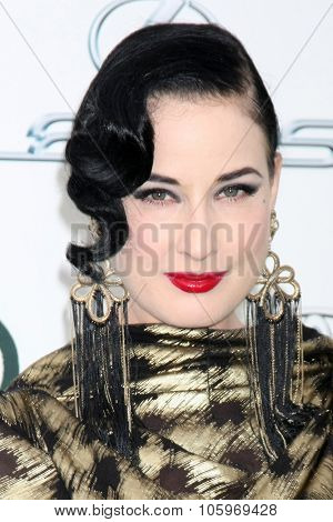LOS ANGELES - OCT 24:  Dita Von Teese at the Environmental Media Awards 2015 at the Warner Brothers Studio Lot on October 24, 2015 in Burbank, CA
