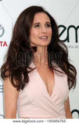 LOS ANGELES - OCT 24:  Andie MacDowell at the Environmental Media Awards 2015 at the Warner Brothers Studio Lot on October 24, 2015 in Burbank, CA