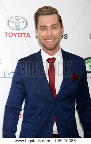 LOS ANGELES - OCT 24:  Lance Bass at the Environmental Media Awards 2015 at the Warner Brothers Studio Lot on October 24, 2015 in Burbank, CA
