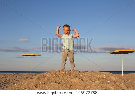 Kid winner on the top of thehill
