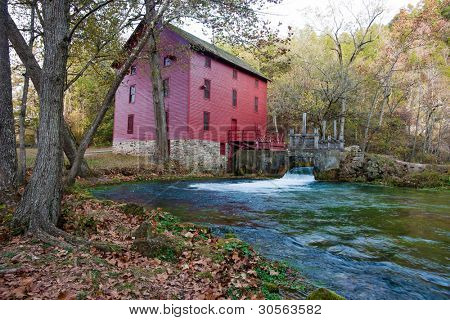 alley spring mill house