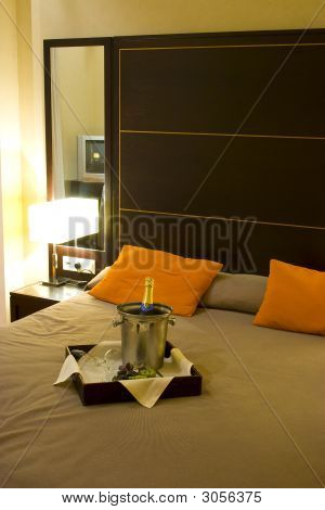 Romantic Hotel I