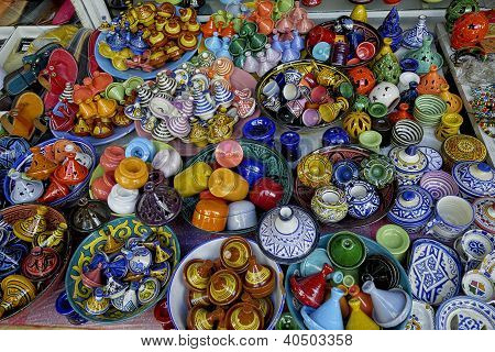 Arab multicolored porcelain