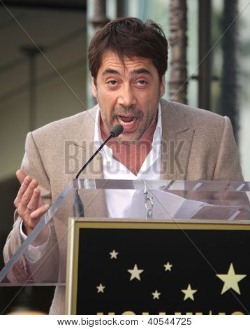 LOS ANGELES - NOV 07:  Javier Bardem arriving to Walk of Fame Honors Javier Bardem  on November 07, 2012 in Hollywood, CA