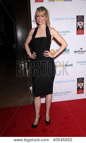 LOS ANGELES - OCT 01:  Kristin Bauer van Straten arriving to American Humane Assoc. Hero Dog Awards  on October 01, 2011 in Beverly Hills, CA