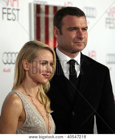 "LOS ANGELES - NOV 03:  Naomi Watts & Liev Schreiber arriving to ""J. Edgar"" Los Angeles Premiere  on November 03, 2011 in Hollywood, CA"